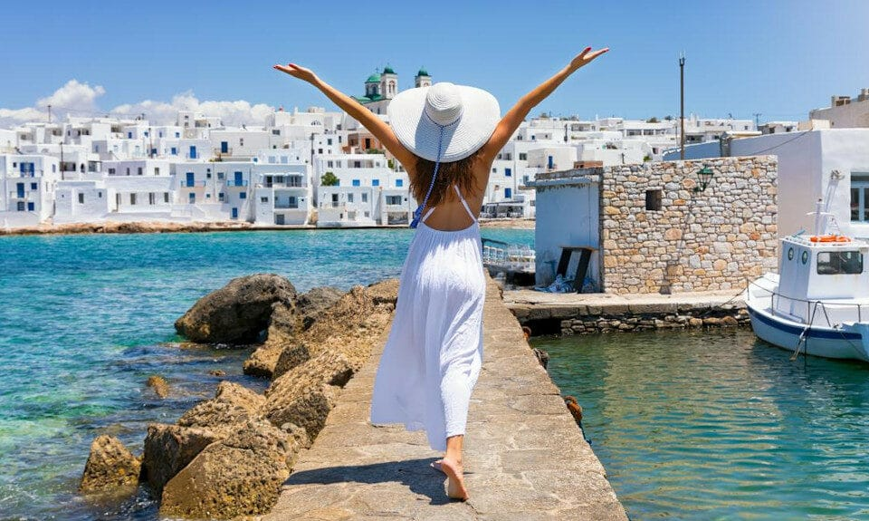 Outlook Positive for Greek Tourism in 2021, Experts Say